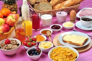 Indice glicemico della colazione ed esercizio fisico: effetti combinati sulle capacità cognitive degli adolescenti
