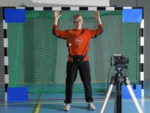 Tecnologia per indagare la percezione visiva nello sport: video vs realtà virtuale